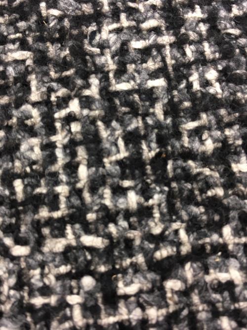 neuartiger Tweed eines ital. Modelabels